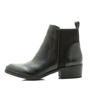 Seychelles Ukelele Black Leather Chelsea Boot